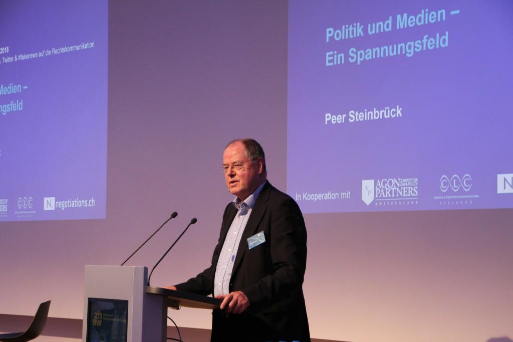 Peer Steinbrück an der Litigation-PR-Tagung 2018